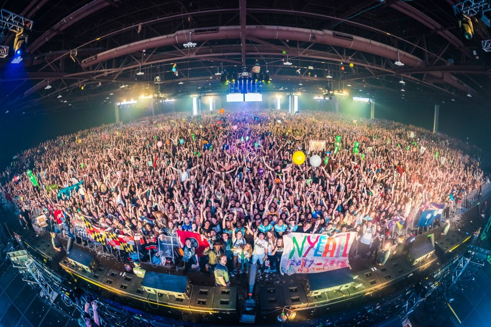 Bassnectar Rings in 2018 With Epic Lasers & Bass [Review]