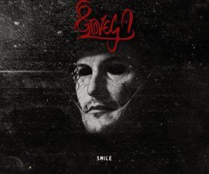 8 Graves – Smile