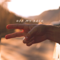 Thoreau – Off My Back (Ft. Chloe Tang) [Free DL]