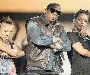 Rewind: Lil Mama Crashed JAY-Z and Alicia Keys' 2009 VMAs Set
