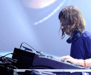 Watch the hectic live-stream of Aphex Twin at London's Printworks