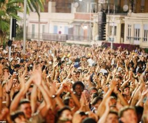 Social Distancing Ignored In 5,000 Person Electronic Concert In Nice, France