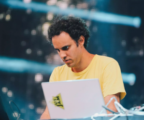 Four Tet surprises with new two albums 'Parallel' and '871'
